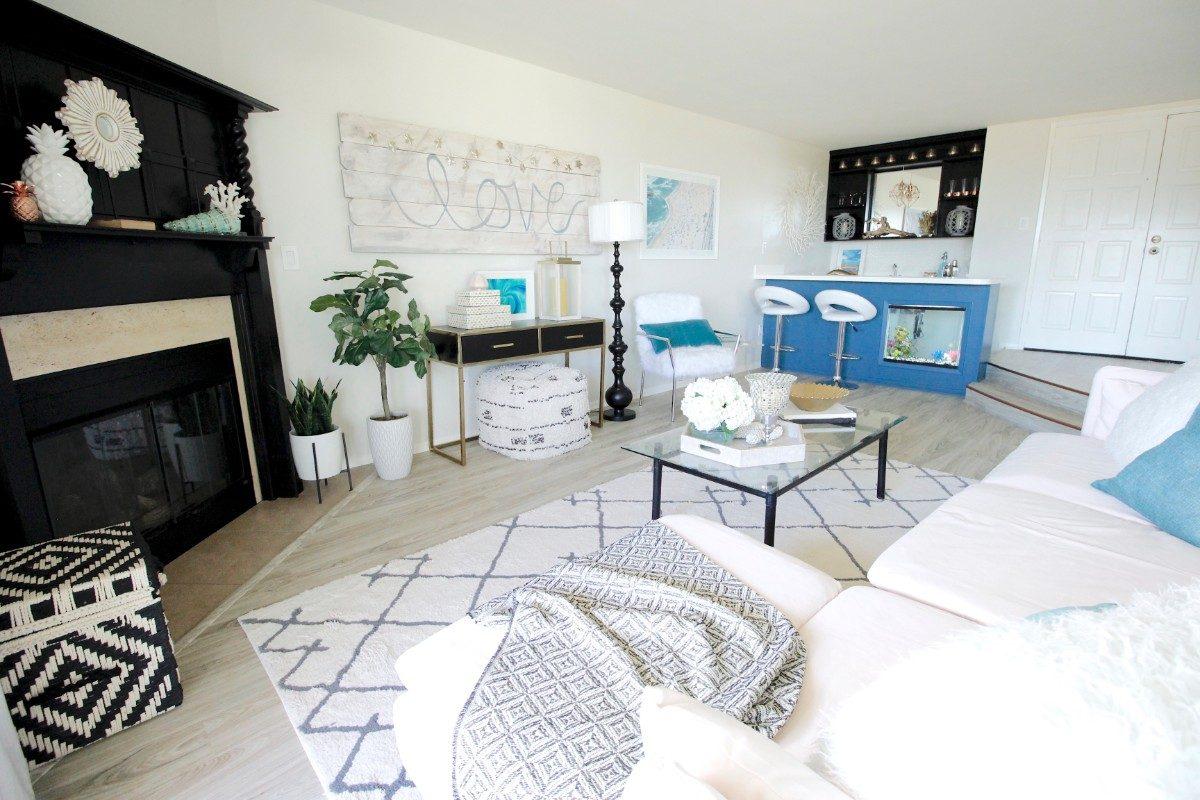 HGTV Beach Condo - Living Room - Marilynn Taylor Design Consultant
