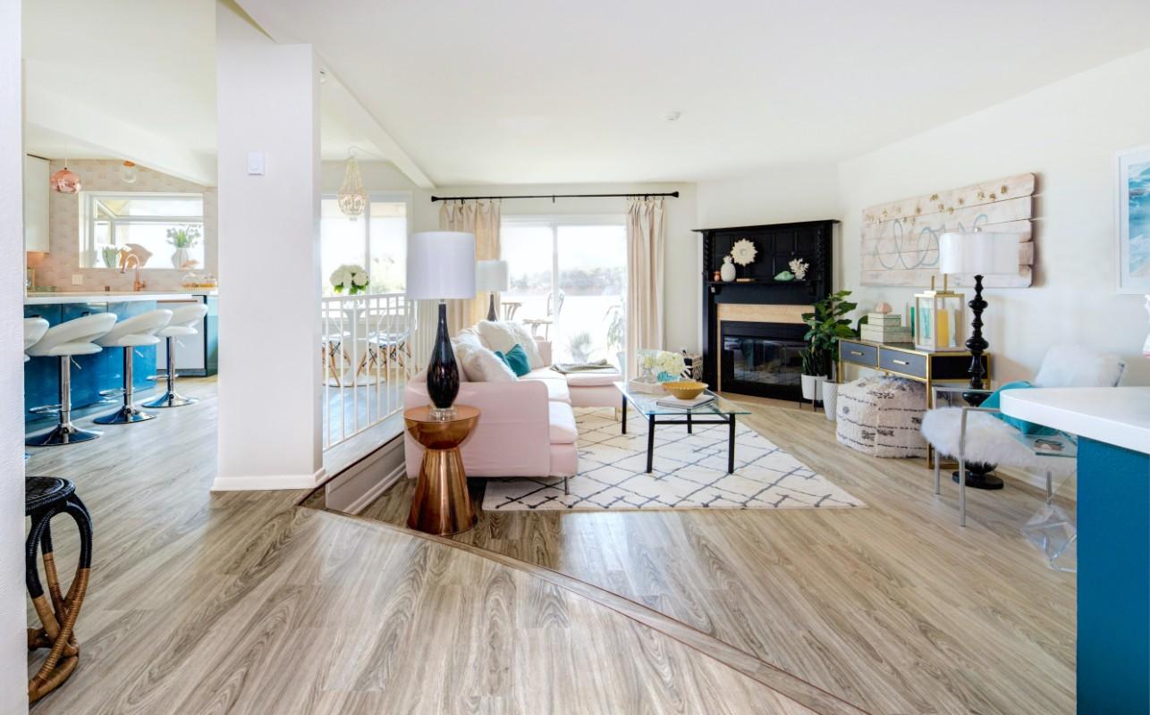 HGTV Beach Chic instant living room - Marilynn Taylor DIY ...