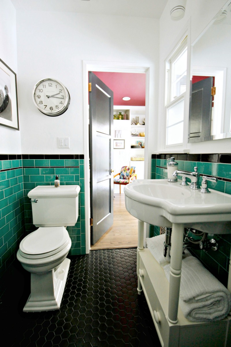 green bathroom, tile, vintage, 1920's, black hex, floor